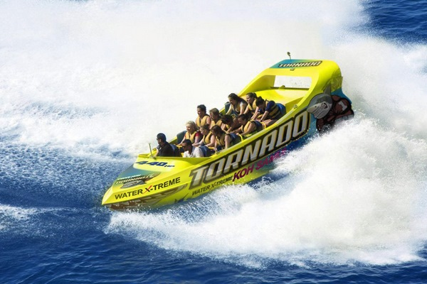 Tornado Water Xtreme Powerboat